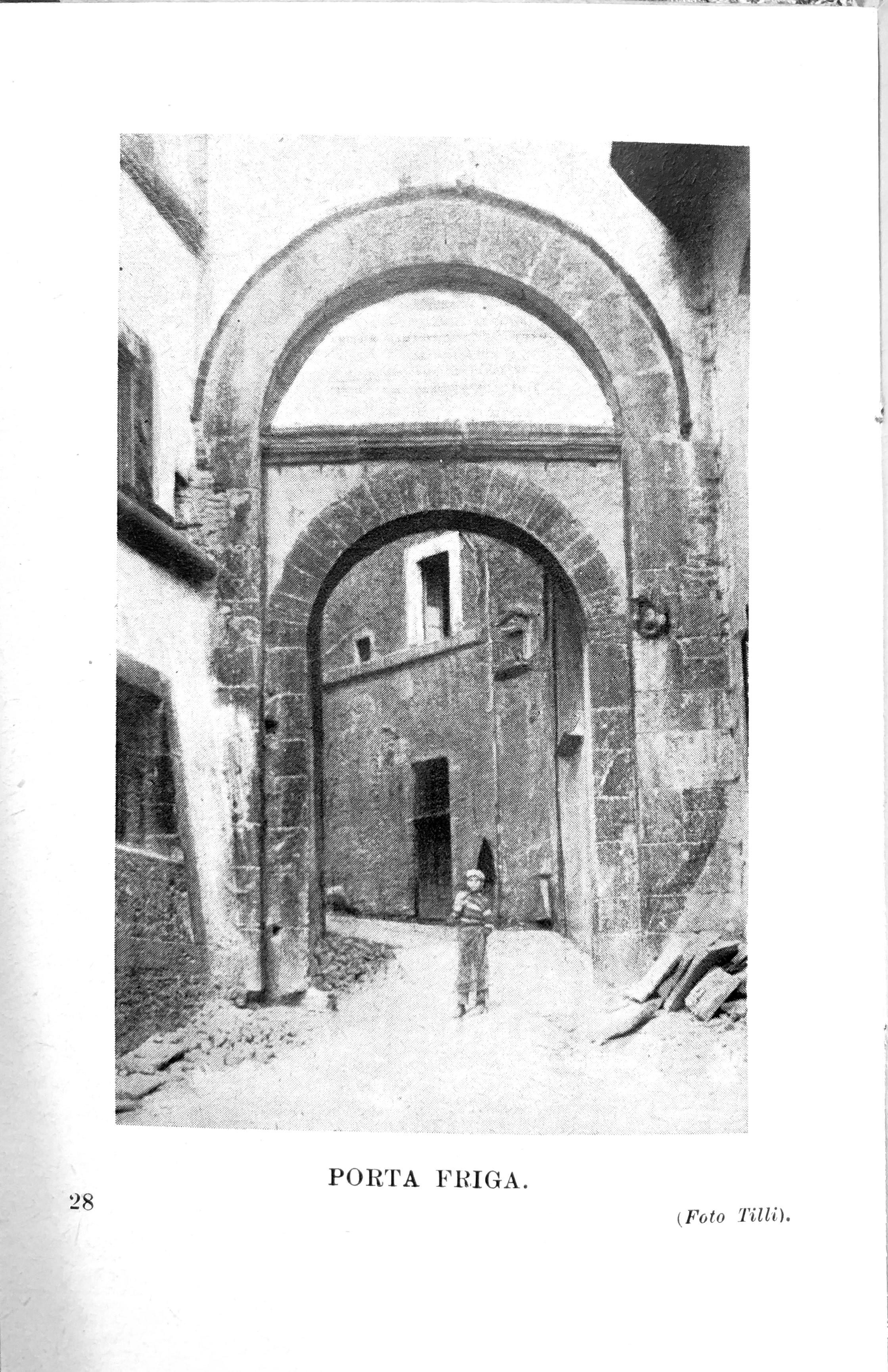 L'Italia monumentale | Porta Fuga