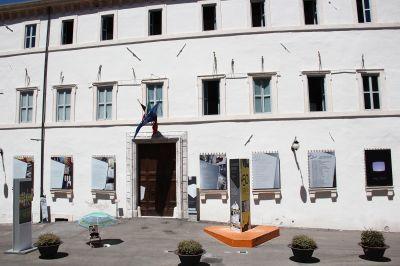 facciata-palazzo-collicola_ok