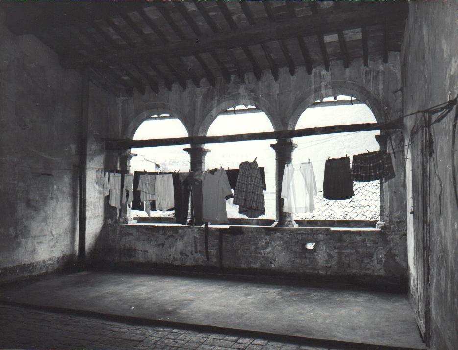 Palazzo Mauri - Sala lettura II piano (prima del restauro)