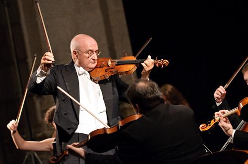 <!--:it-->SALVATORE ACCARDO & FRIENDS  Concerto di fine anno<!--:--> @ Teatro Nuovo Gian Carlo Menotti | Spoleto | Umbria | Italia