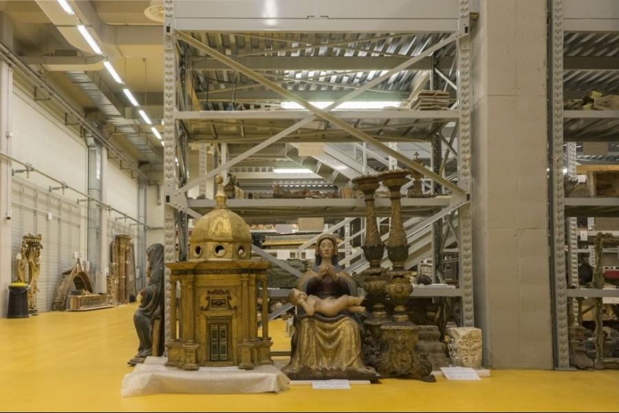 <!--:it-->Visite guidate al Deposito dei Beni Culturali di Santo Chiodo<!--:--><!--:en-->Guided visits to Santo Chiodo Cultural Heritage Repository<!--:-->