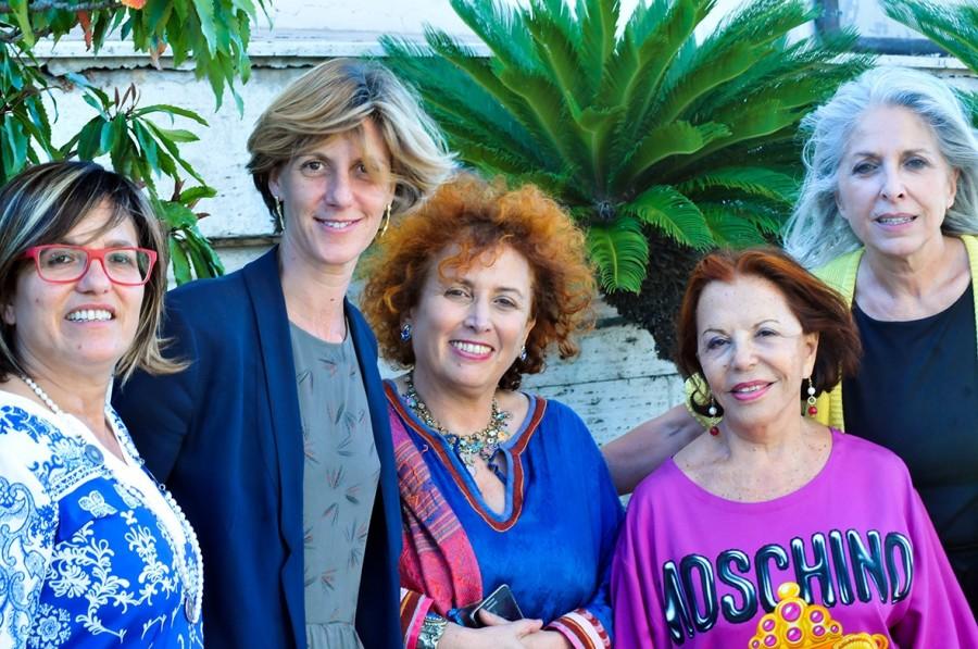 <!--:it-->Dialoghi a Spoleto - Le Donne conquisteranno il Mondo, Le Donne cambieranno il Mondo, Le Donne salveranno il Mondo?<!--:--> @ Palazzo Leti Sansi | Spoleto | Umbria | Italia