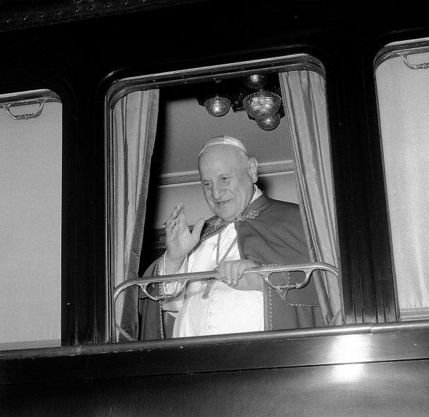 <!--:it-->RONCALLI LEGGE RONCALLI - Recital per ricordare il Papa Buono nell'avversario del suo saluto alla città di Spoleto nel 1962<!--:--> @ Palazzo Mauri | Spoleto | Umbria | Italia