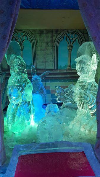 <!--:it-->IL PRESEPE DI GHIACCIO PIÙ GRANDE D'ITALIA<!--:--><!--:en-->Spoleto hosts the largest Ice Crib in Italy<!--:--> @ Piazza Pianciani